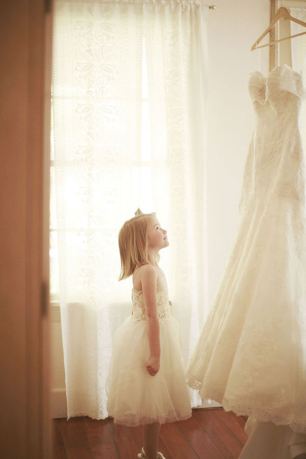 flower-girl-wedding-dress