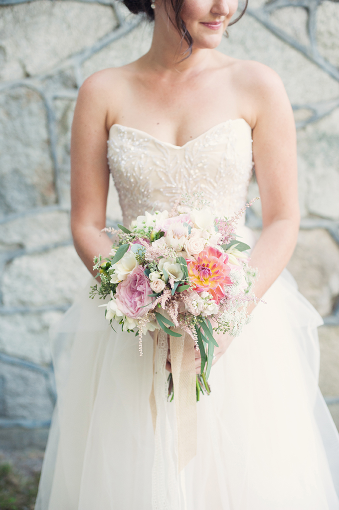 romantic-rustic-pink-wedding-Melissa-Gidney-Photography-Glamour-Grace-15